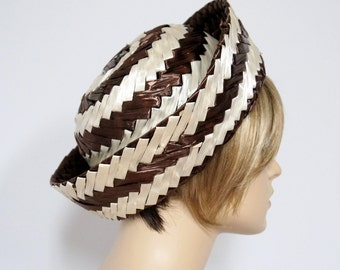 Hat 1960's Straw Hat Summer Vintage Brown Creamy White Shiny Raffia Striped Big Brim Mad Men Chapeau