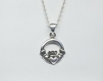 Claddagh Necklace~Silver Celtic Claddagh Pendant~Celtic Knotted Necklace~Irish Wedding Gift~Bridesmaid Jewelry~Gift for Sister