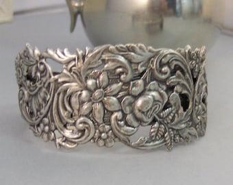 Summer Girl Cuff,Cuff Bracelet, Bracelet,Cuff Bracelet,Bracelet,Silver,Antique Bracelet,Chunky Bracelet,Gypsy Bracelet.valleygirldesigns.