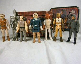 SALE  Seven (7) Star Wars Action Figures From the 1980's, Collectible Figures, Kenner Star Wars  WAS 65.00