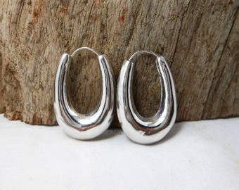 Simple Chunky Sterling Silver Tribal Chubby Oval Close Hoop Earrings,Chubby Oval Earring,Oval Hoop Earring,Personalized Gifts,Gifts For Hers