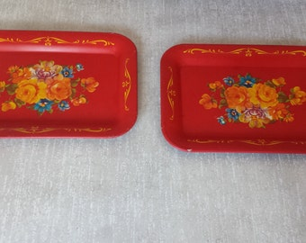 Pair of Red Snack Trays