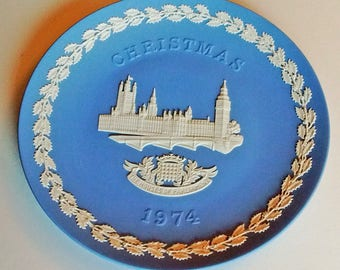 1974 Wedgwood Christmas Plate Blue and White Jasper ware The Houses of Parliament Sixth in Series limited edition