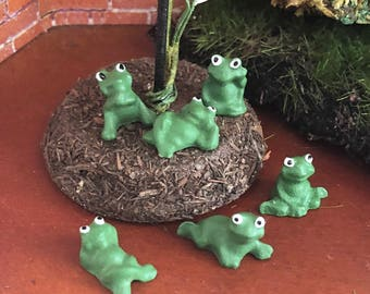 Miniature Frogs, Set of 6 Plastic Mini Frogs, Cute Frogs, Different Poses, Crafts, Toppers, Embellishments