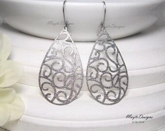 Stardust Earrings/Silver Filigree Earrings/Stardust Filigree Drop Earrings/Silver Drop Earrings/Silver Sugar Earrings/Lightweight Earrings