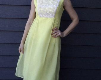 MOD YELLOW CHIFFON vintage dress with lacy bodice empire waist S (A7)