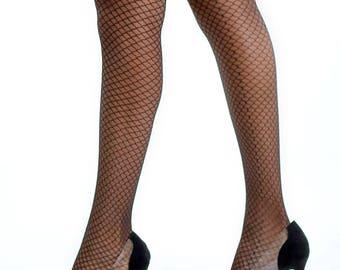 Classic Sheer 20Den Black Net Design Pantyhose.