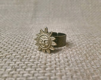 Antique bronze sun adjustable ring, thick or thin band, gypsy ring, hippie ring, boho style, bohemian, festival wear, sun goddess, warrior