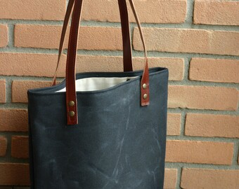 Tote bag in waxed canvas,  waxed cotton bag, waxed canvas bag, baby shower gift, tote bag, wax canvas bag, market bag, shopping bag