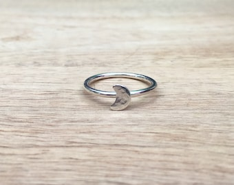 Moon ring, lunar ring, crescent moon, stacking ring, sterling silver, celestial jewellery, moon and stars