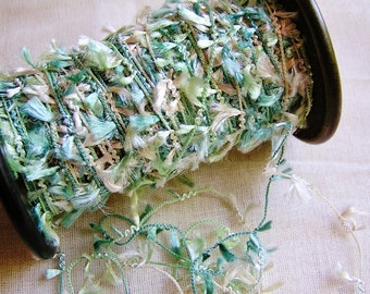 Rosemary Petite Pearly Tassel Trim - 5 yards