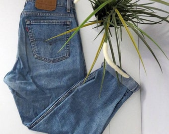 Vintage 90's Levi's 550 High Waist Jeans Tapered Size W33 L30