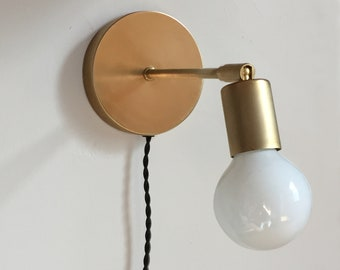 Plug in wall sconce • Alice • Clean Modern Brass Sconce • Adjustable wall sconce • brass lamp • bedside lamp