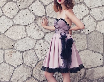 pin up old pink dress