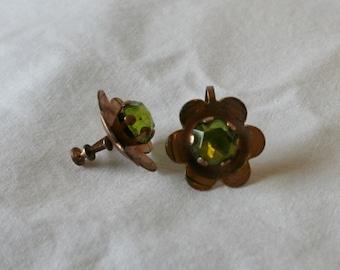 Vintage Screw Back earrings Copper Flowers with Peridot Centers