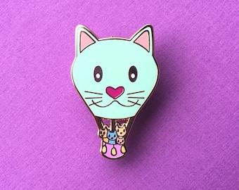 Cat Enamel pin - Kawaii Enamel pin - crazy cat lady - cat lover gift - Pin Game - Pin Collector - Cat pin