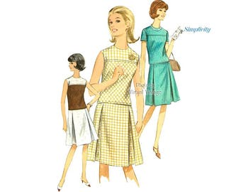Simplicity 6495, 1960s Two Piece Dress Pattern, Short Sleeve or Sleeveless Blouse & Inverted Pleat Skirt, Bust 34, Uncut