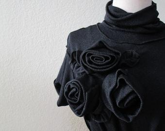 Black turtleneck top with black color roses decoration (v98)