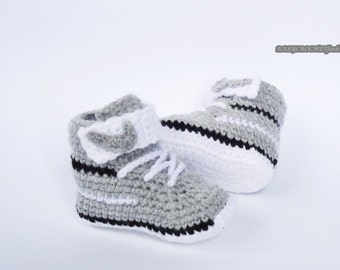 Crochet Baby Shoes, Toddler Shoes, Gray Baby Booties, Gray Newborn Shoes, Baby Boots, Baby Shoes, Baby Converse, Warm Shoes, Baby Sneakers