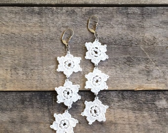 Bridal Boho Dangle Earrings, Crochet Flower Earrings, Wedding Bead Earrings, Beaded Jewelry, Crochet Jewelry