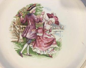 Vintage Colonial Decorative Plate
