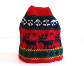 Vintage 80s ski hat red blue reindeer pattern