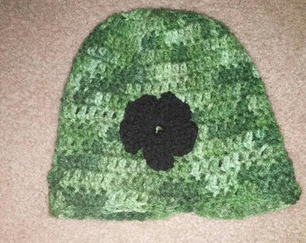 Simple hat with flower, crochet hat