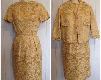Beautiful 1950's Gold Vintage Dress