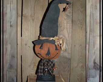 Soft sculpted pumpkin head witch make do  wooden candlestick HAGUILD HAFAIR OFG