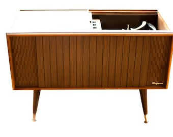 Conversion Service // Stereo Console Conversion // We convert YOUR console Retro Radio Style // New High End Internals // Bluetooth