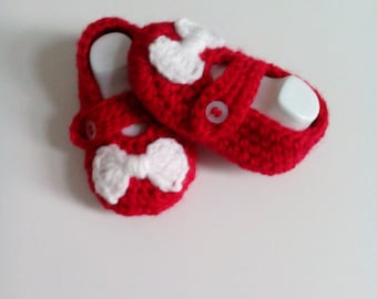 baby girl crochet booties ,baby crochet shoes,baby crochet mary janes