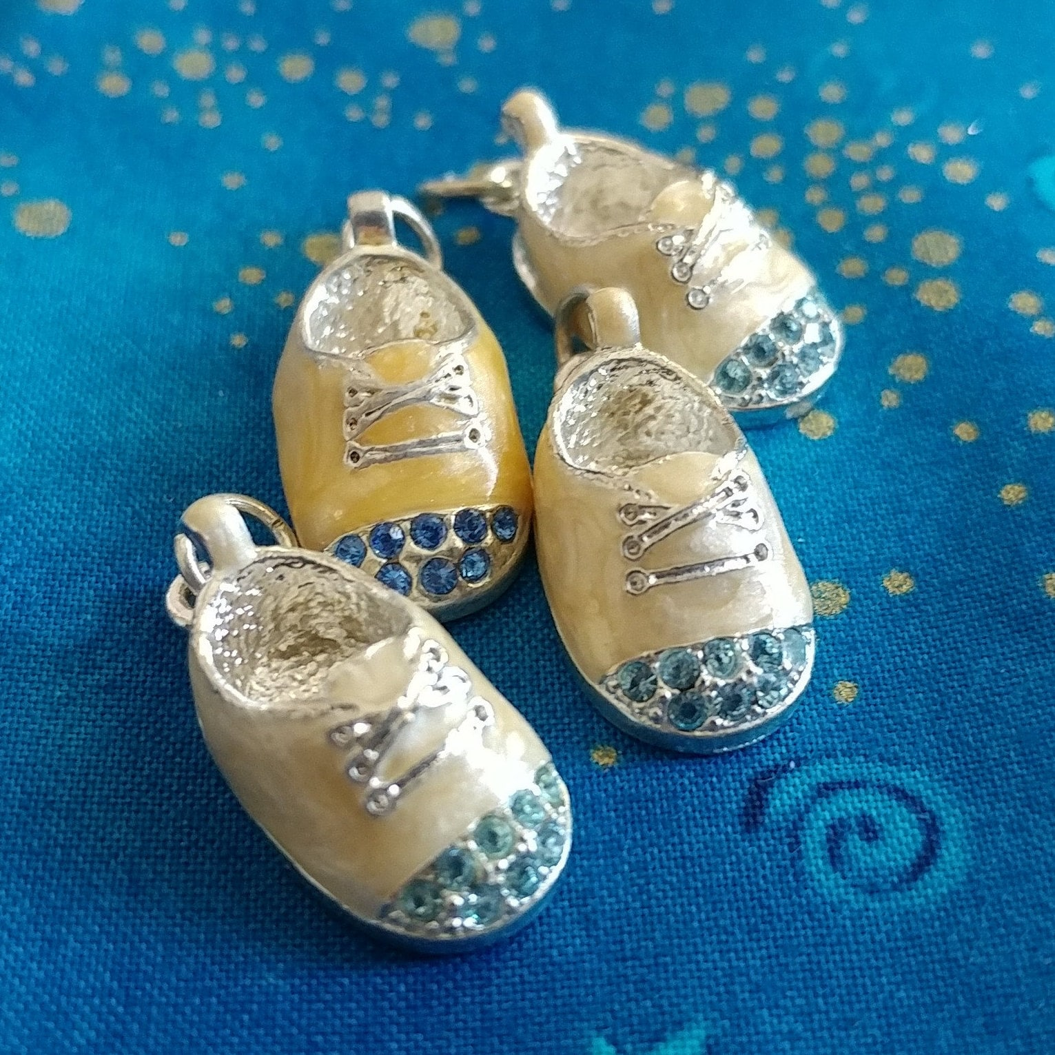 Vintage Charms Baby Shoes Gold