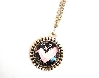 Cabochon 20mm heart pendant necklace