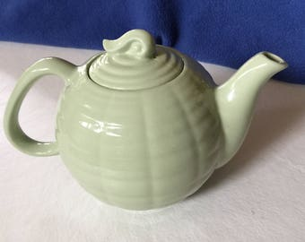 Olive Green 4 Cup Teapot- New