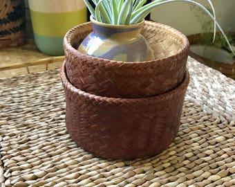 Beautiful vintage basket  with lid