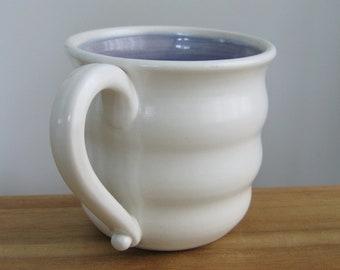 Grande tasse à café, Mug violet ruche, poterie café coupe 16 oz tasse en céramique de lavande, à la main levée de grès, fait à la main