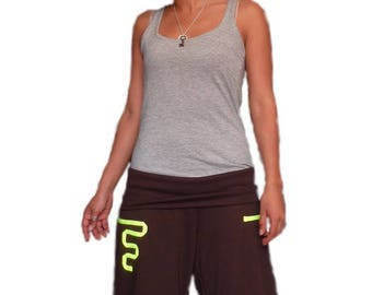 Capri pants with a fluorescent Ribbon Narrowed