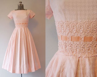 1950's Pink Houndstooth Cotton Dress / Size Small