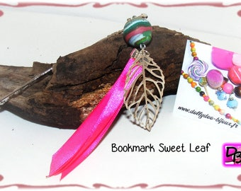 Pink decorative flower Pearl filigree leaf ribbons green rose polymer clay bookmarks gift for reader she him dollydoo jewelry