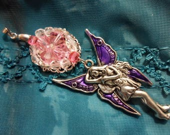 Fairy pendant and faceted round