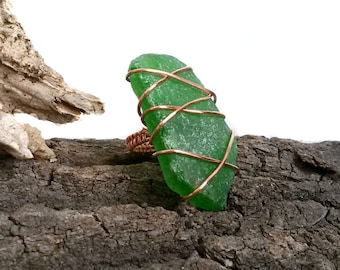 Green Sea glass Ring, Wire Wrapped copper ring, Beach mermaid Jewelry, Big ring  Seaglass jewelry - handmade gift for her, ring wrap