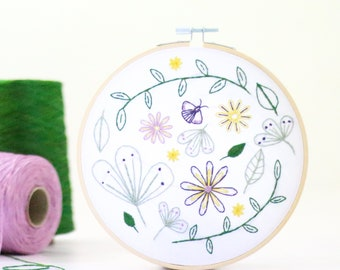 Wildflower Meadow Embroidery Kit - Embroidery Design - Floral Embroidery - Hand Embroidery - Hoop Art - DIY Kit - Modern Embroidery