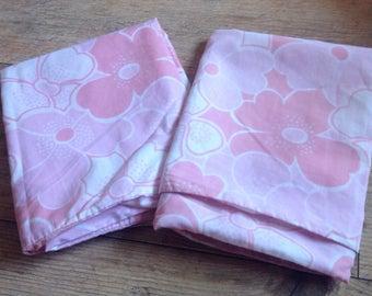 Vintage Pink Floral Pillowcases, Pair of Vintage Floral Pink Pillowcases, Vintage fabric