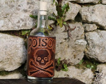 Covered with leather - Poison bottle