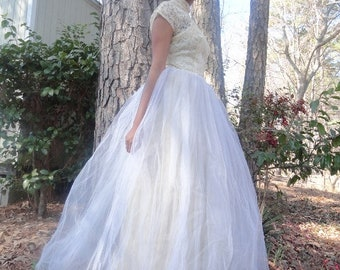 Fantasy Wedding Dress| ANTIQUE WEDDING GOWN|1940s Antique Lace Tulle Wedding Gown|Cream and White wedding Gown|White Tulle Wedding Gown