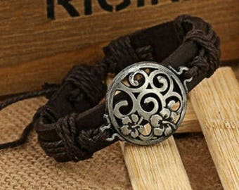 Leather Scroll Bracelet