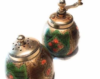 Italian Salt and Pepper Shaker Set