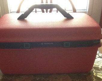 Vintage Samsonite Train Case. Red Train Case/ Makeup Case