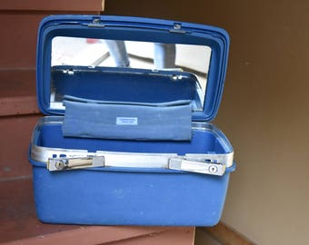 Vintage Blue Samsonite Saturn 400 Hardshell Makeup Case
