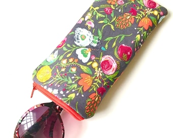 Eyeglass Case Sunglasses Pouch- Grey Floral